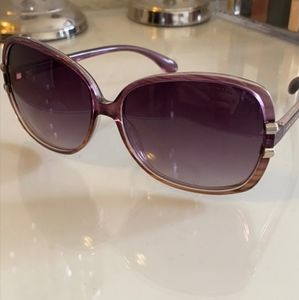 MARC by MARC JACOBS LOGO SIDED PURPLE SUNGLASSES!!
